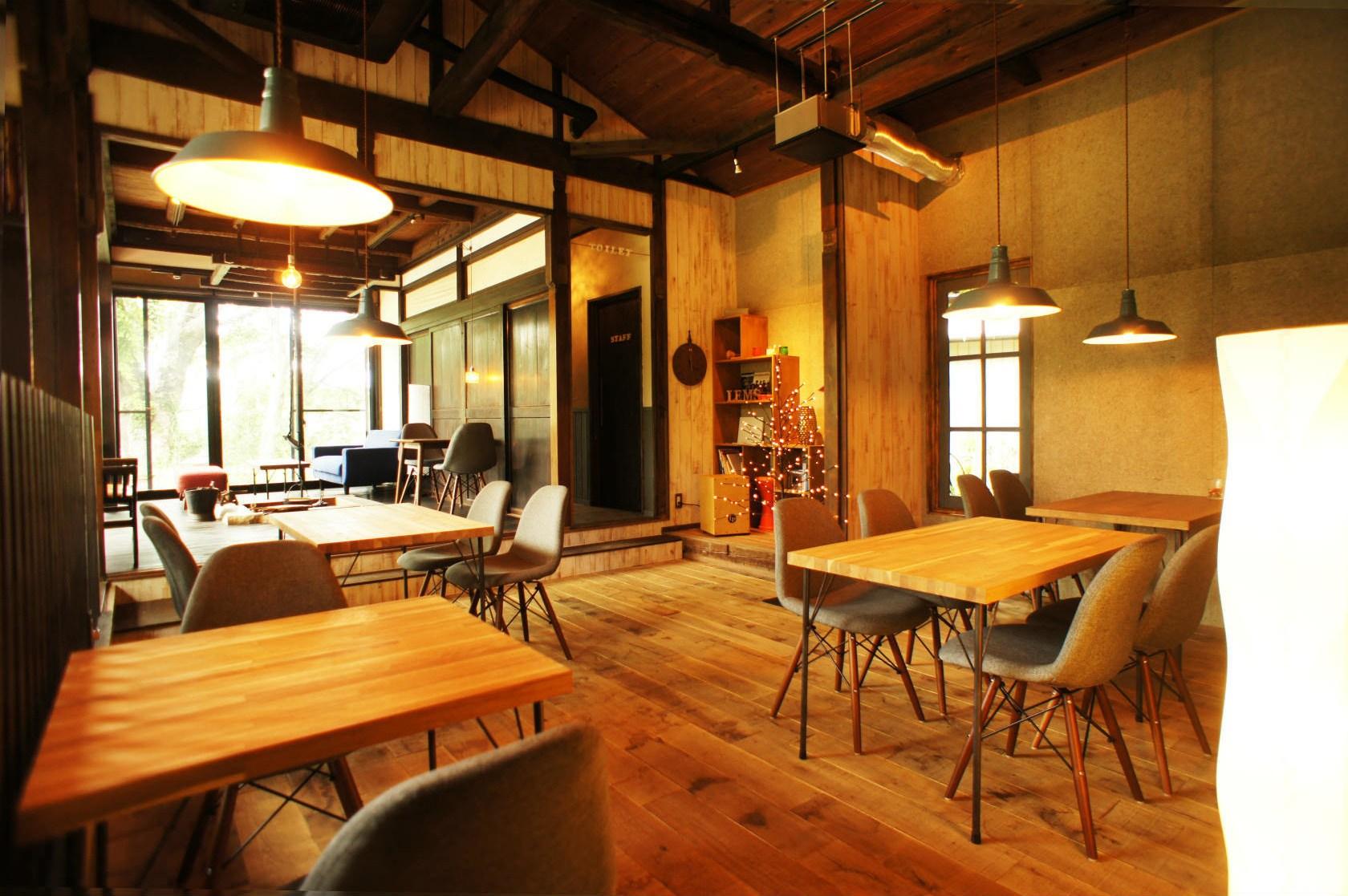 古民家をリノベーションした カフェスペース