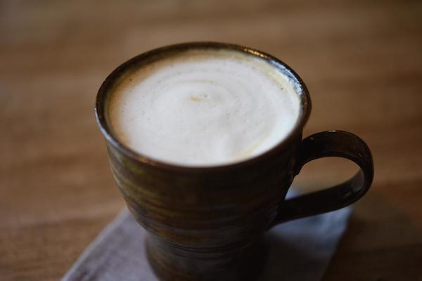 生の豆を仕入れ、自ら焙煎するコーヒー
