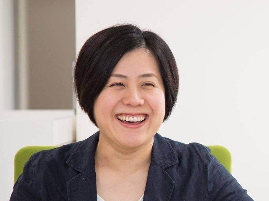 齋藤 知幸(Chiyuki Saito)氏 TOMI+ コミュニティコンシェルジュ / 新潟市出身。新潟大を卒業後、会社員を経てインテリアデザイナーとして独立し、銀座三越(東京)の新館新築事業などに参画。イタリアで1年間伝統料理を学んだ経験も。2018年10月に富谷市へ移住。とみぷらの運営委託先で、地域課題の解決に取り組む企業株式会社あわえ(徳島県)の職員として勤務する。