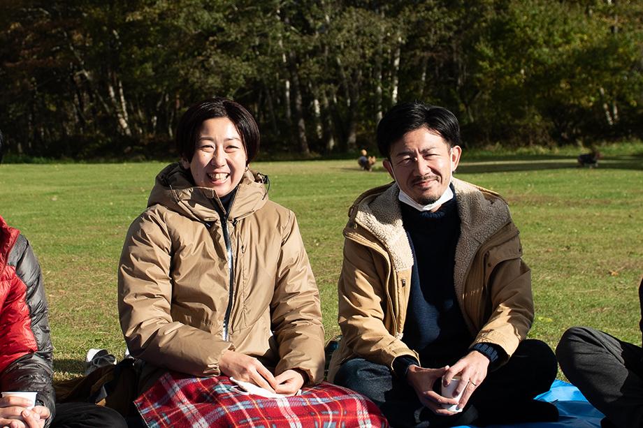 石井ご夫婦:左・さゆりさん / 右・洋平さん